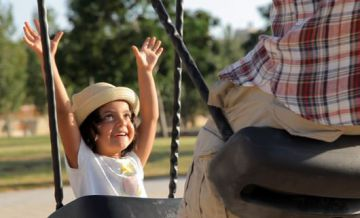 Houpačka Tango Twin Seat pro děti a dospělé